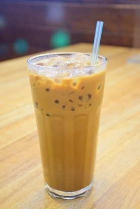 丝袜奶茶冷饮 (Cold Milk Tea)