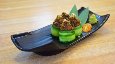 仁当寿司 (Rendang Sushi)