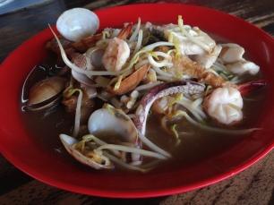 海鲜河粉 Seafood Flat Rice Noodles