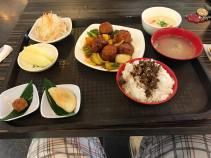 红烧狮子头套餐 (Braised Meatballs Set Meal)