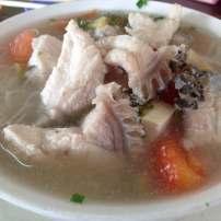 咸菜鱼片米粉 Rice vermicelli served in salted vegetable and fish slice soup